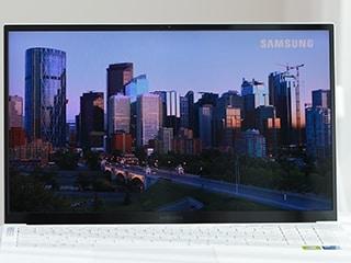 [노리다] 울트라북 중에서 가장 강력한, 삼성전자 갤럭시북 이온2 NT950XDA-X71AW (SSD 512GB)
