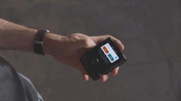 얼마전 발표한 모토로라 레이저 폴더블폰 스펙 및 가격