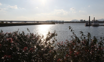 가을 강변의 풍경...