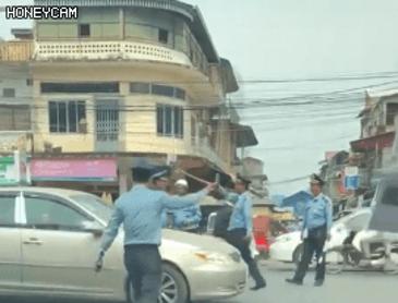 캄보디아 경찰
