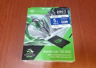 테스트용으로 씨게이트 바라쿠다 120 250GB SSD를 질렀네요
