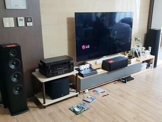텔레비전의 사운드를 놀랍도록 탈바꿈시켜주는 홈시어터 스피커 폴크오디오  T50