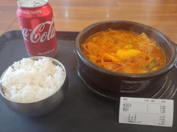 오늘의 점심 - 부대통령뚝배기 [부대찌개] (5,000원)
