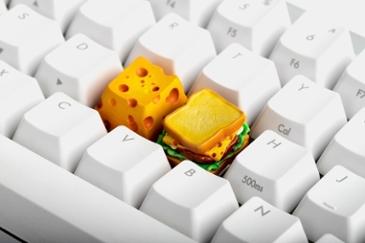키캡 한개가 4만원? 뉴욕식 핫도그 제리 치즈 커스텀 키캡 출시