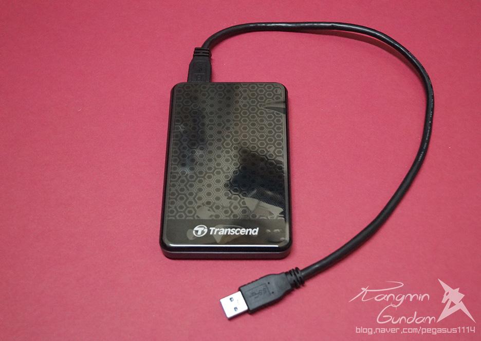 트랜센드 StoreJet 25A3 USB3.0 외장하드 Transcend-019.jpg