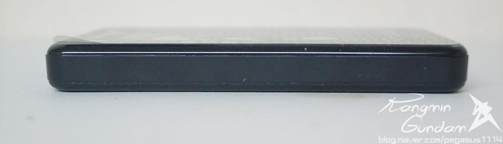 트랜센드 StoreJet 25A3 USB3.0 외장하드 Transcend-025.jpg