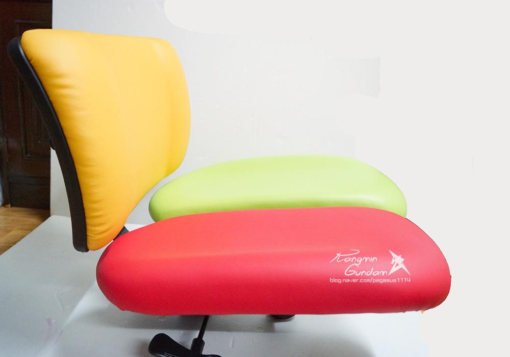 장시간 의자에 앉아 공부하는 수험생, 직장인들을 추천! 하라체어 HK06 DT2 H 건강 의자 -018.jpg