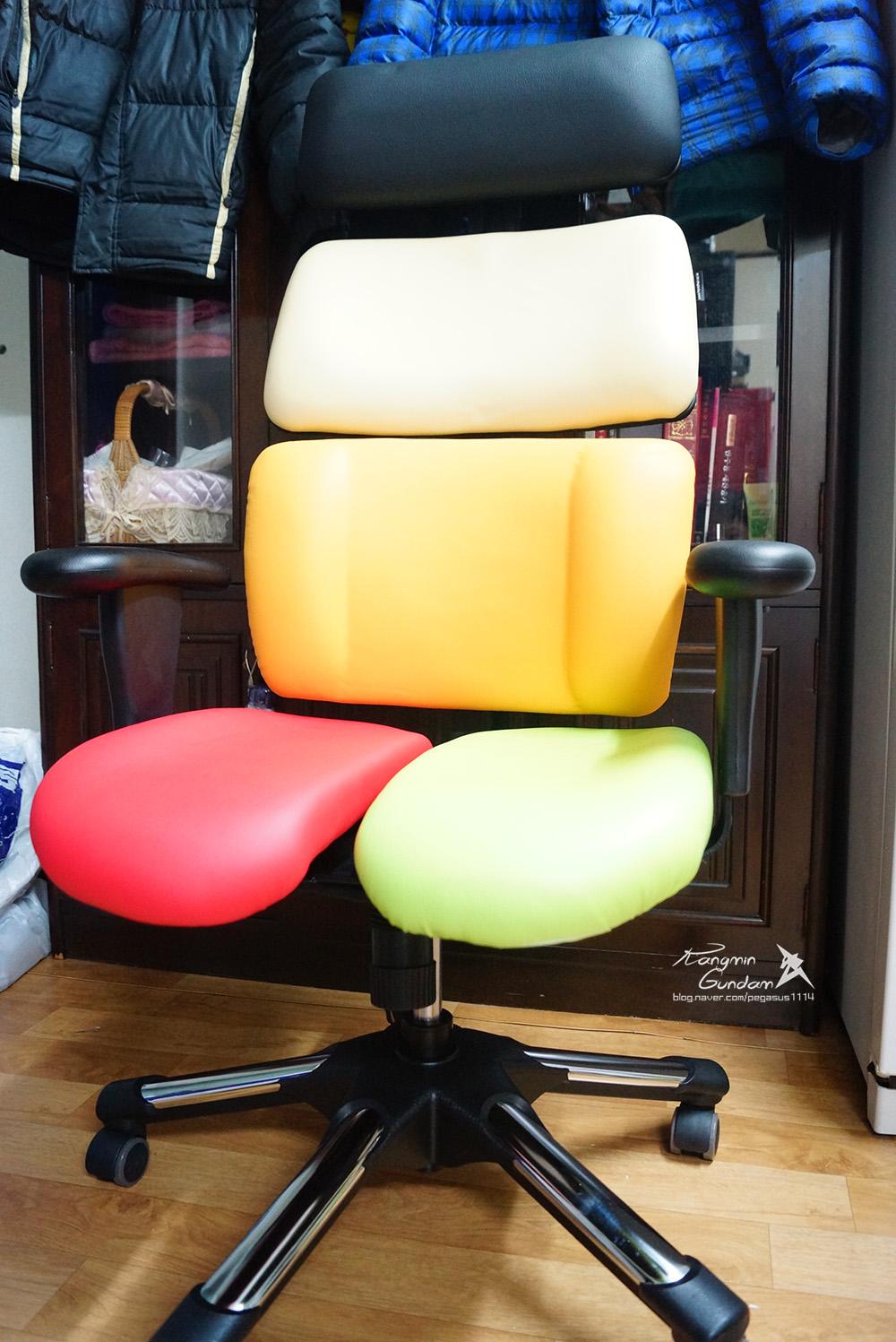 장시간 의자에 앉아 공부하는 수험생, 직장인들을 추천! 하라체어 HK06 DT2 H 건강 의자 -045.jpg