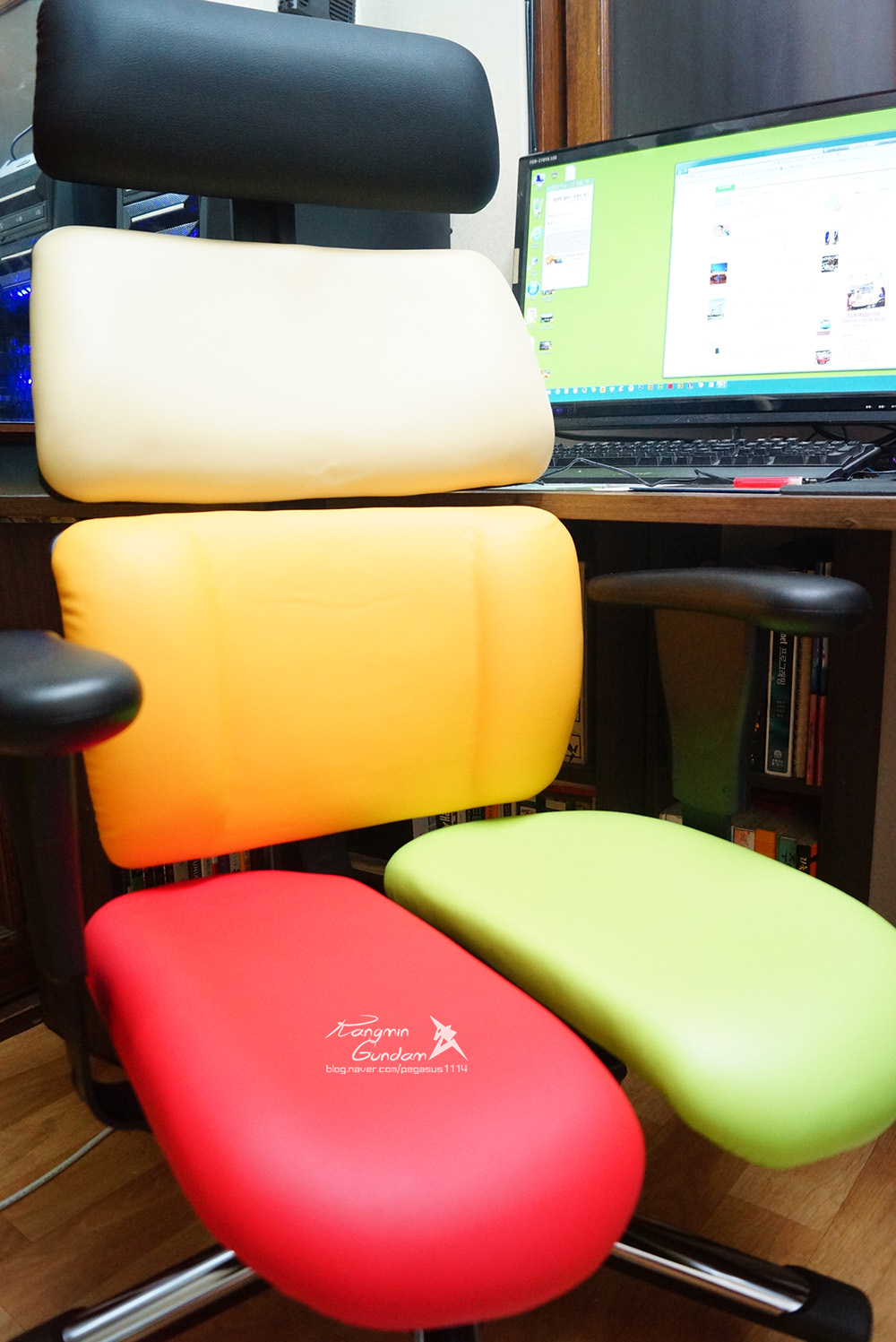 장시간 의자에 앉아 공부하는 수험생, 직장인들을 추천! 하라체어 HK06 DT2 H 건강 의자 -051.jpg
