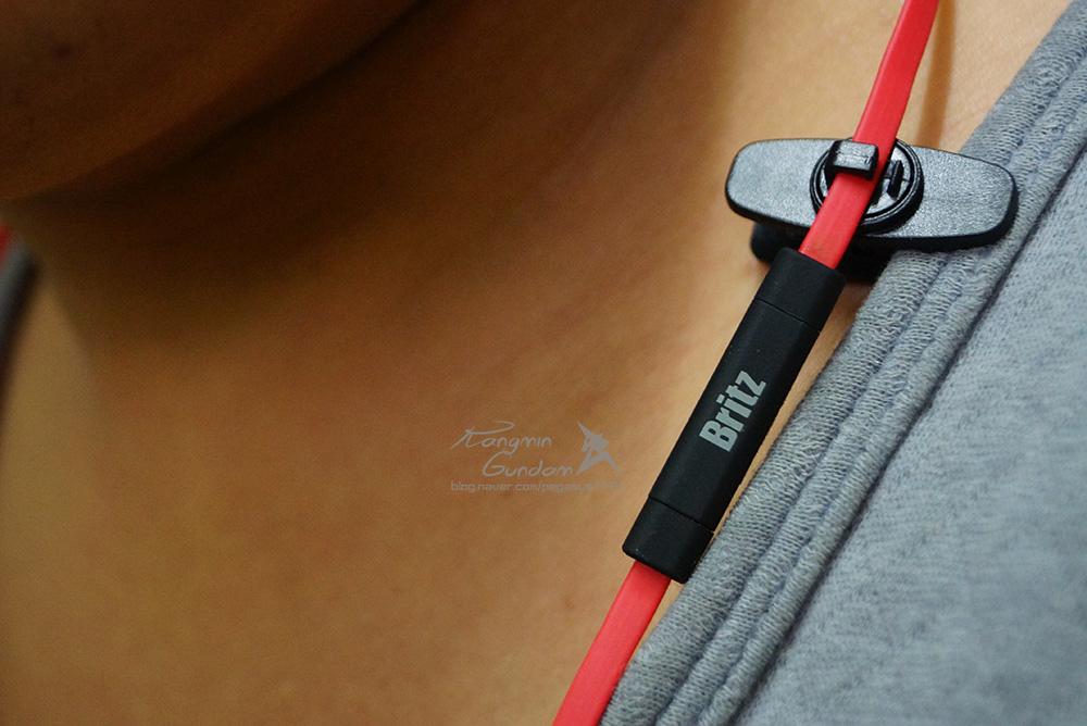 브리츠 블루투스 이어폰 BZ-M50 운동이어폰 Britz -35.jpg