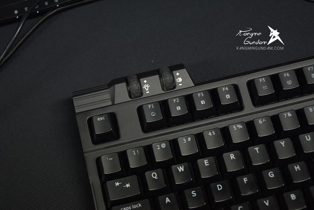 컴포인트 어로스 게이밍키보드 게이밍마우스 어로스K7 M7 마우스패 어로스X7 어로스X3 게이밍노트북 -49.jpg