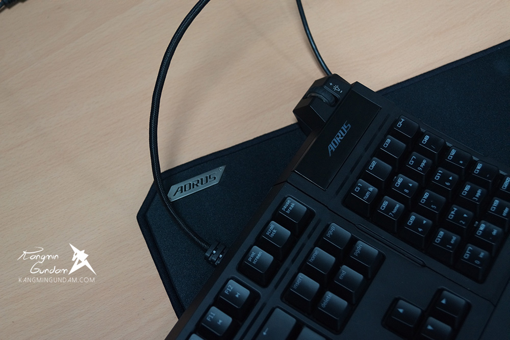 컴포인트 어로스 게이밍키보드 게이밍마우스 어로스K7 M7 마우스패 어로스X7 어로스X3 게이밍노트북 -67.jpg