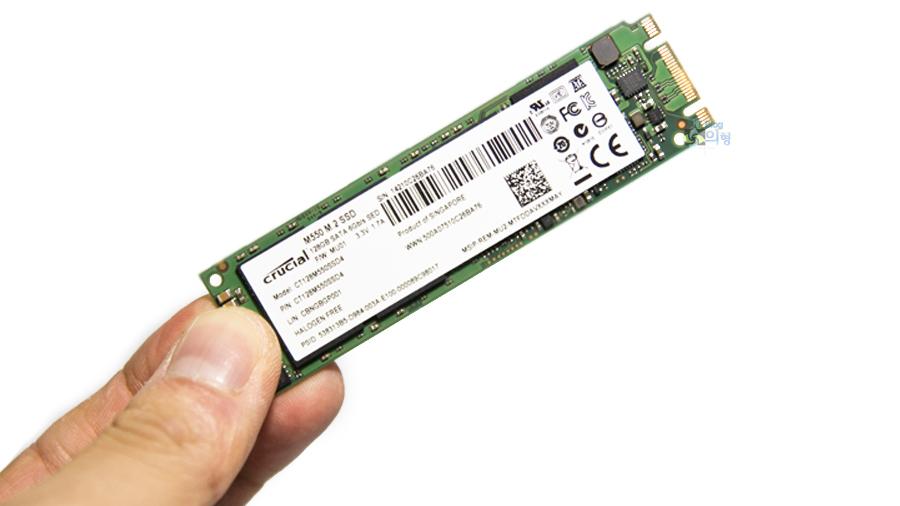 마이크론 Crucial M550 M.2 SSD 128GB (4).jpg