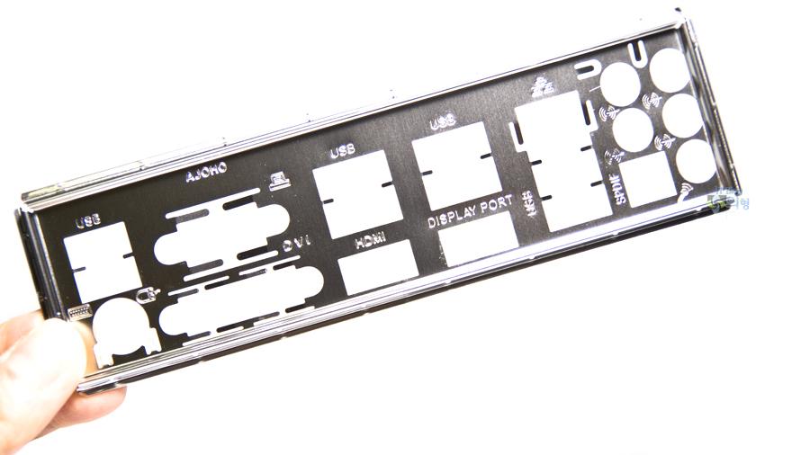 ASRock Z97 Extreme4 디앤디컴 메인보드 개봉기 (14).jpg