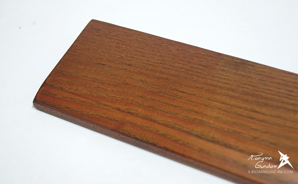 물푸레나무로 만들어진 보급형 손목받침대 MPR-001A44 03.jpg
