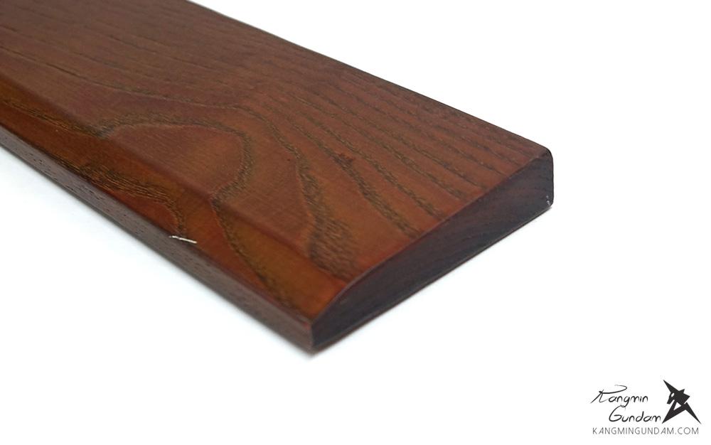 물푸레나무로 만들어진 보급형 손목받침대 MPR-001A44 04.jpg