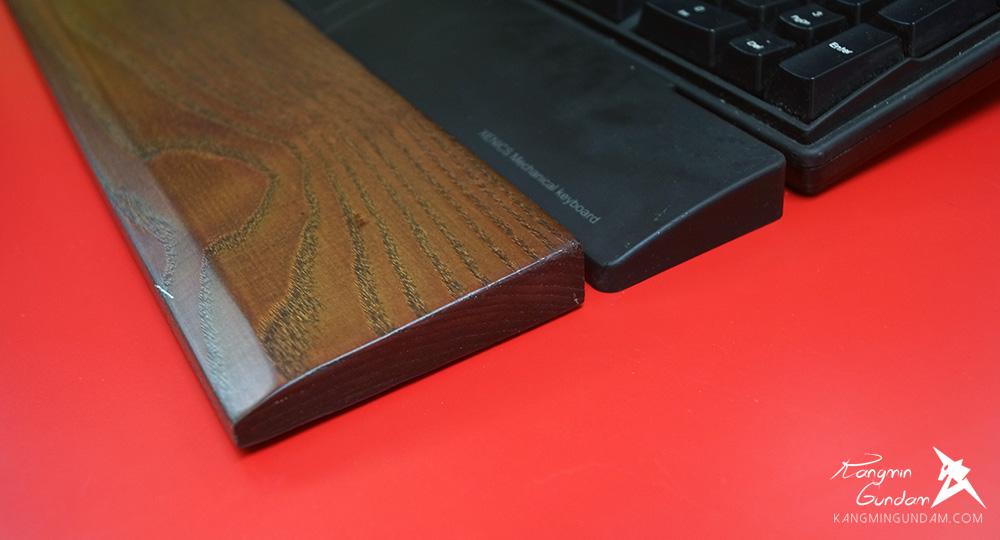 물푸레나무로 만들어진 보급형 손목받침대 MPR-001A44 27.jpg