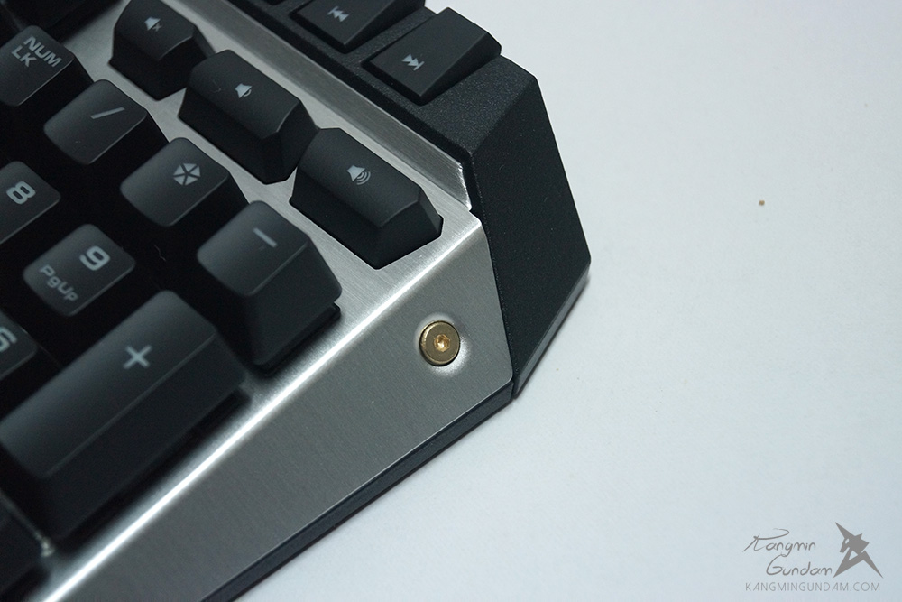 쿠거 700K Cougar Gaming 기계식키보드 사용 후기 15.jpg