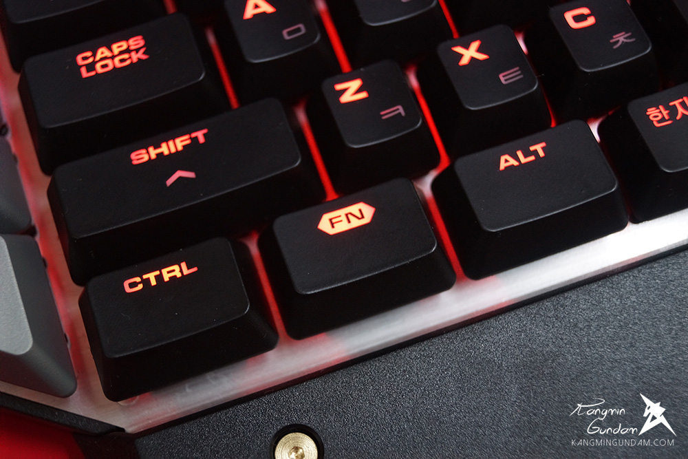 쿠거 700K Cougar Gaming 기계식키보드 사용 후기 44.jpg