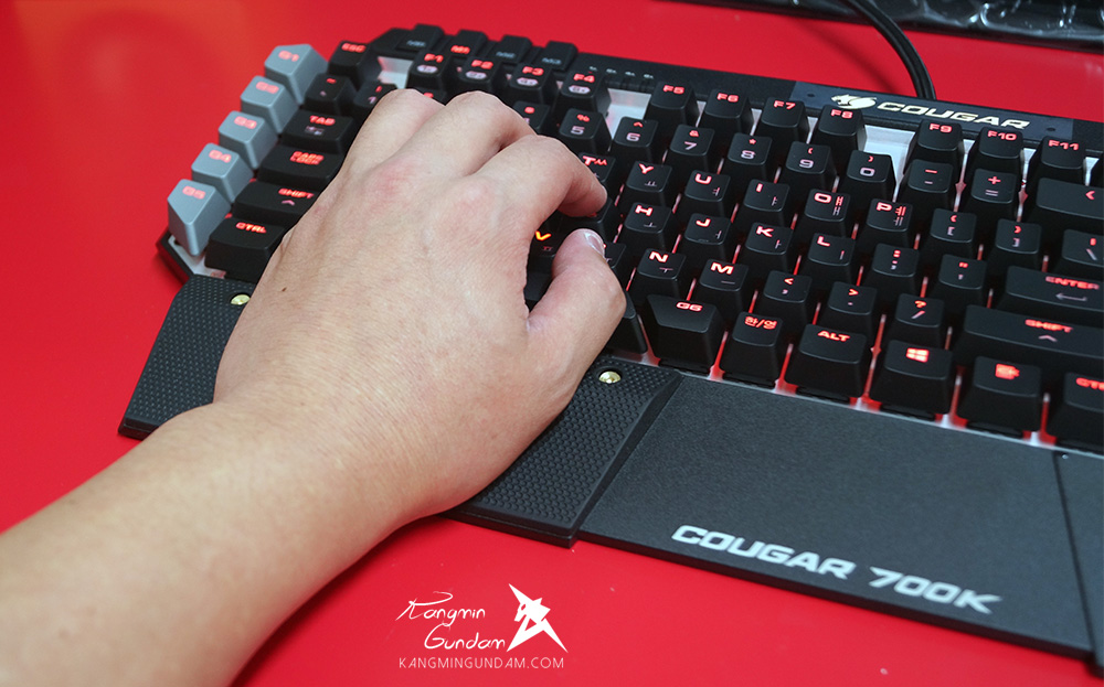 ��� 700K Cougar Gaming ����Ű���� ��� �ı� 45.jpg