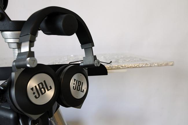 E50BT-7.jpg