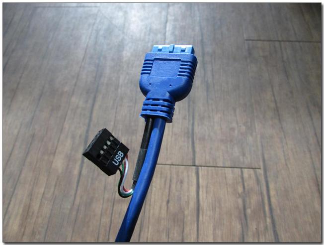 50 usb 30 커넥터.jpg