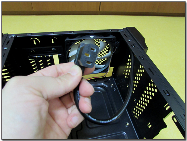 60 파워 케이블 커넥터.jpg