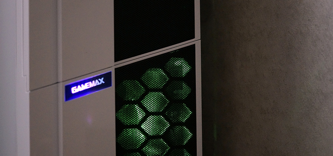 GAMEMAX X36-2.jpg