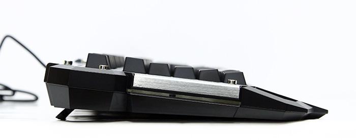 라온티앤아이 타무즈 루마카 게이밍 키보드 K900008.JPG