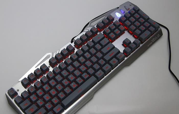 제닉스 STORMX TITAN0120.JPG