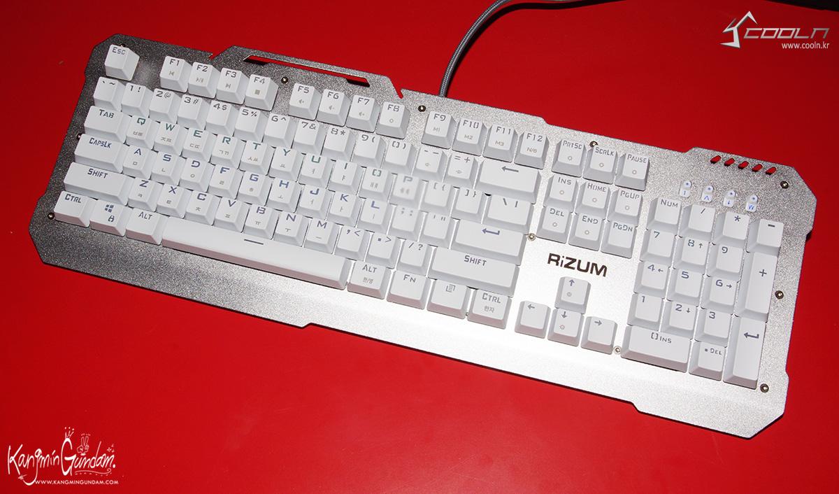 리줌 기계식키보드 RIZUM G-FACTOR Z50 RAINBOW Aluminum 사용기 -14.jpg
