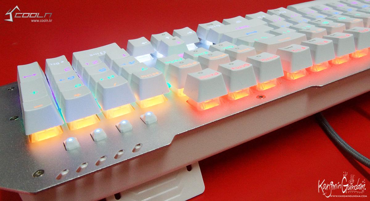 리줌 기계식키보드 RIZUM G-FACTOR Z50 RAINBOW Aluminum 사용기 -53.jpg