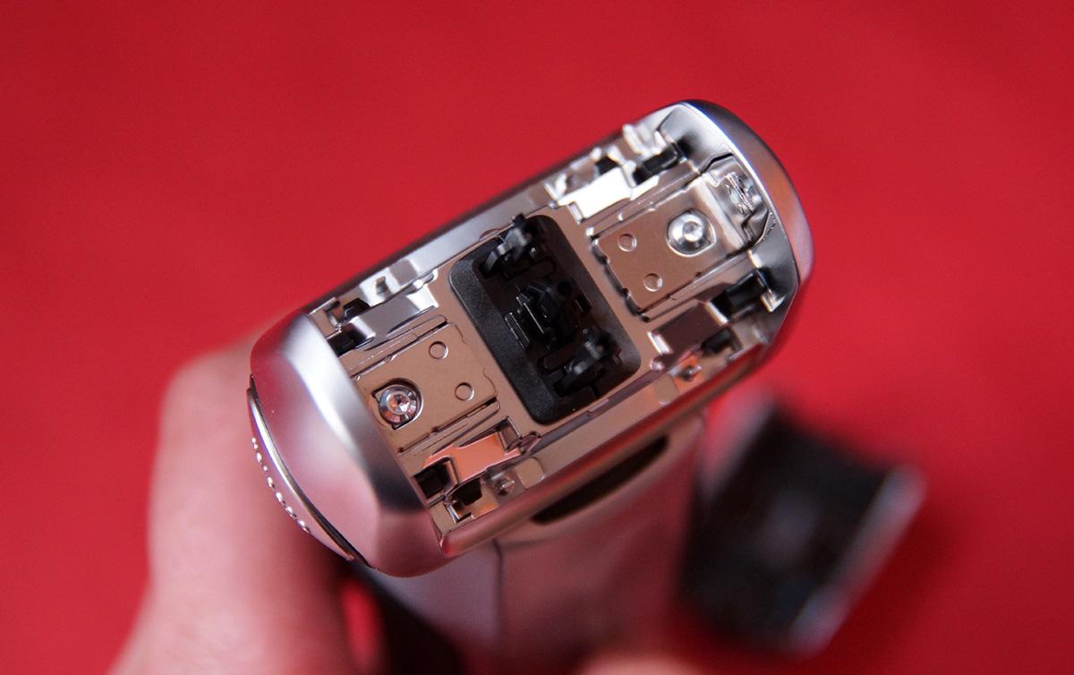 전기면도기 브라운 시리즈 799CC Braun 면도기 04.jpg