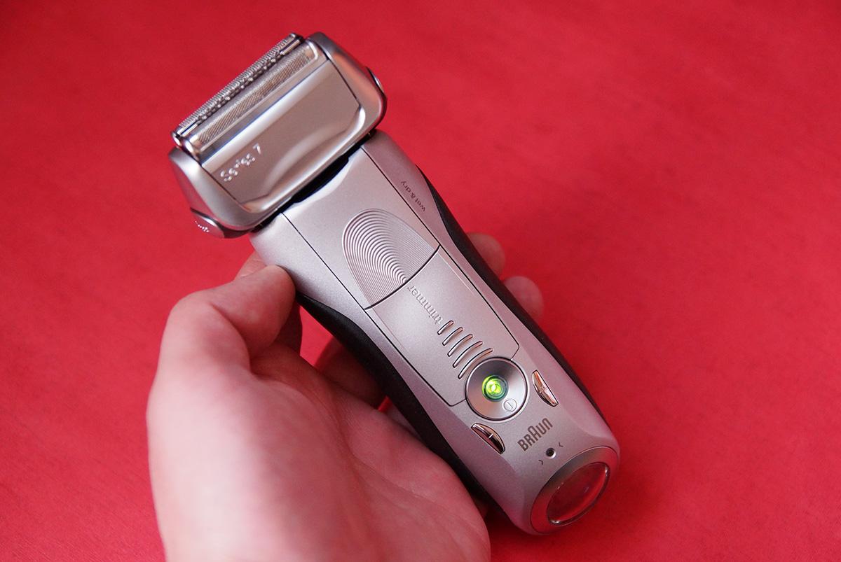 전기면도기 브라운 시리즈 799CC Braun 면도기 06.jpg
