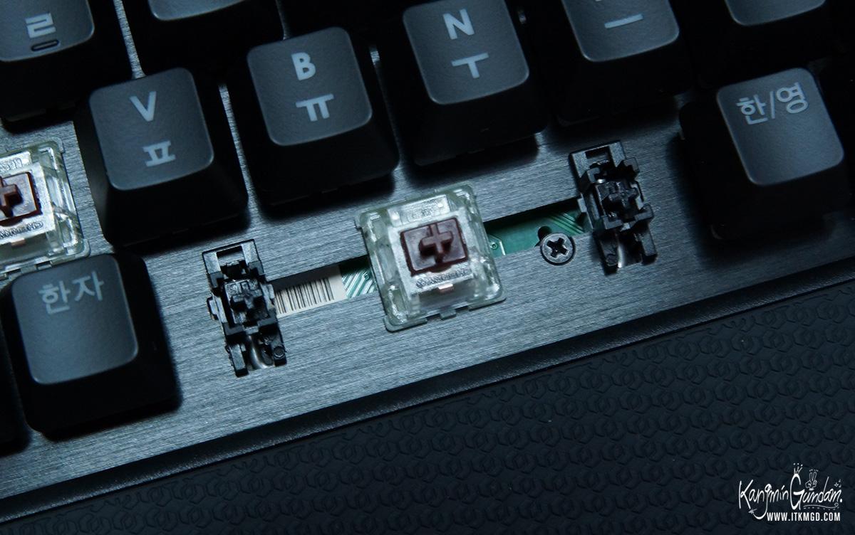 지스킬 립죠스 게이밍 키보드 KM780 커세어 G.SKILL RIPJAWSKeyboard KM780_RGB -24-2.jpg