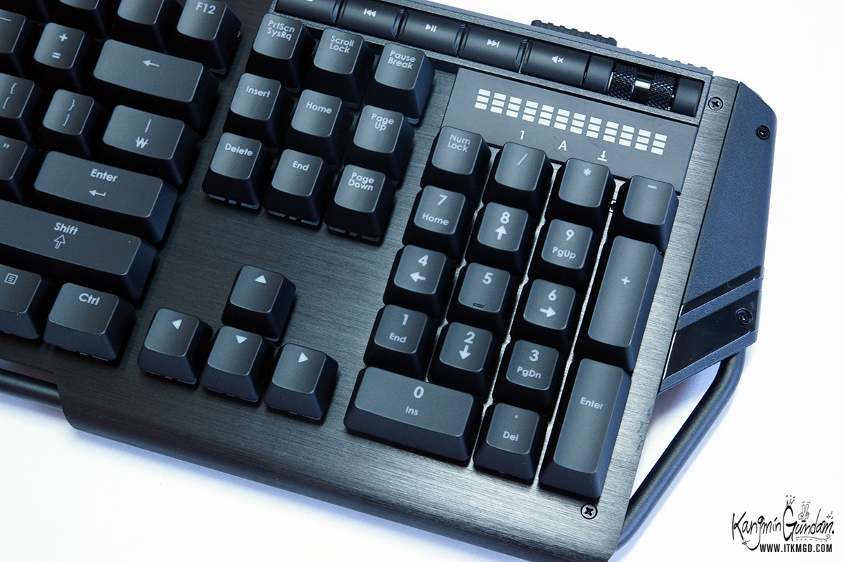 ����ų ���ҽ� ���̹� Ű���� KM780 Ŀ���� G.SKILL RIPJAWSKeyboard KM780_RGB -27.jpg