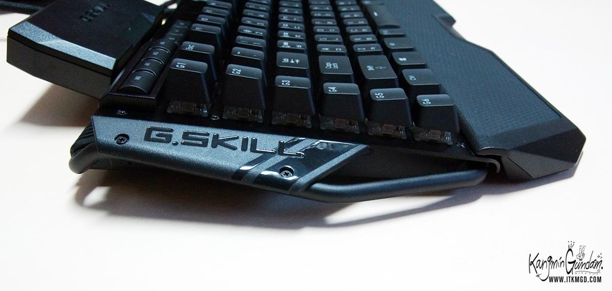 지스킬 립죠스 게이밍 키보드 KM780 커세어 G.SKILL RIPJAWSKeyboard KM780_RGB -71.jpg