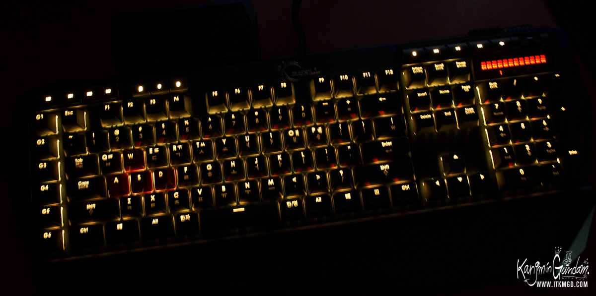 지스킬 립죠스 게이밍 키보드 KM780 커세어 G.SKILL RIPJAWSKeyboard KM780_RGB -95.jpg