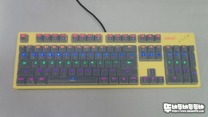 이메이크-GM-10L-Magic-Goldbass-LED_012.jpg