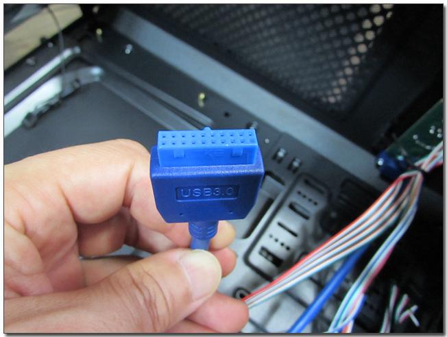 56 usb 30 커넥터2.jpg