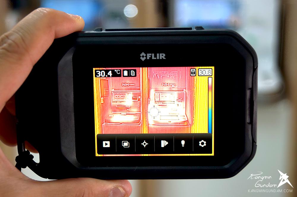 작은 컴팩트휴대용 열화상카메라 누수감지 플리어 FLIR C2 사용기 -02.jpg