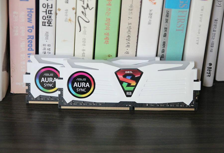게일 GeIL DDR4 8G PC4-19200 CL17 SUPER LUCE RGB Sync 화이트 사용기