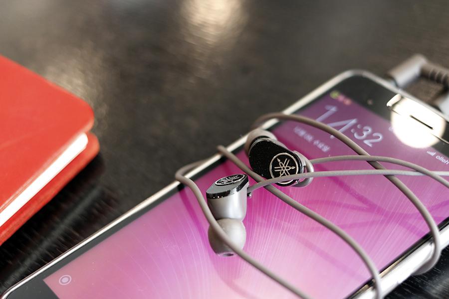 야마하스마트폰이어폰-11.jpg