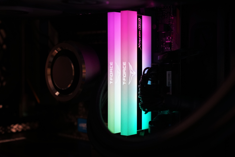 TeamGroup T-Force DDR4-3200 CL16 XTREEM ARGB WHITE, LED > 필드테스트   쿨엔조이