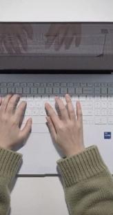 가벼운 노트북 찾아? 그럼 아묻따 이거지!