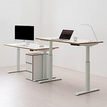 책상에 편리함을 더했다! 기능성 책상