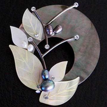 바이데이지 크리스탈 나뭇잎 자개 브로치 BH0137