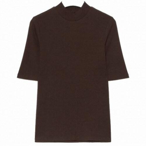 에잇세컨즈 여성 브라운 솔리드 리브 슬림핏 5부 소매 하프넥 티셔츠 329742LYCD_이미지