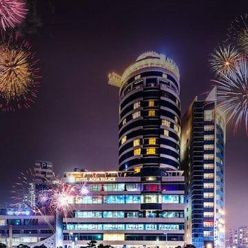 아쿠아펠리스 불꽃축제 + 워터파크 + 사우나 + 찜질23시 이용권 (부산)(대인)