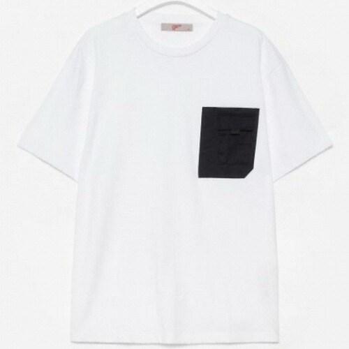 에잇세컨즈 화이트 코튼 포켓 디테일 반소매 티셔츠 219742AYB1_이미지